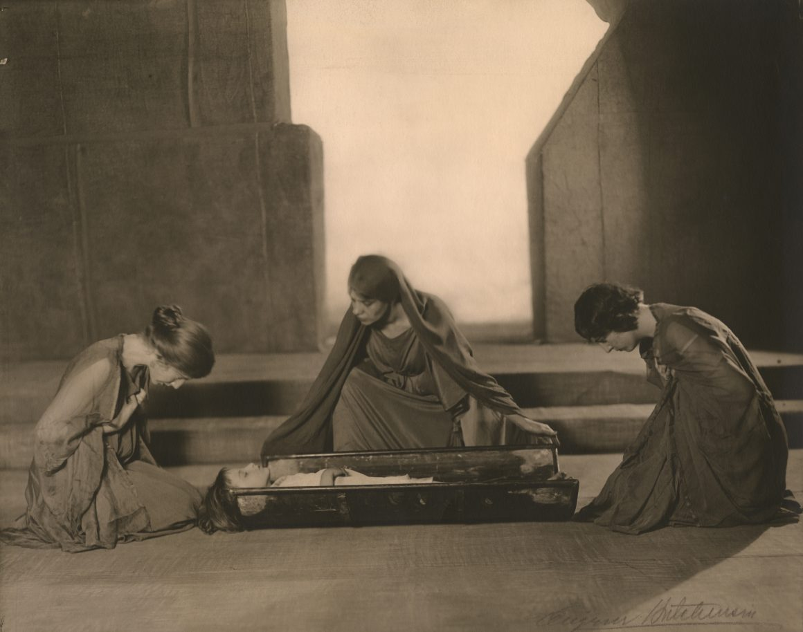 Eugene Hutchinson, Scene from the Chicago Little Theatre production of The Trojan Women by Euripides, 1914, Gelatin silver print, Bequest of Raymond Jonson, Raymond Jonson Collection.