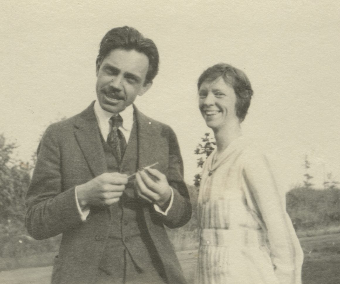 A black and white photograph of Raymond and Vera Jonson pictured outside in an unknown location in 1917.